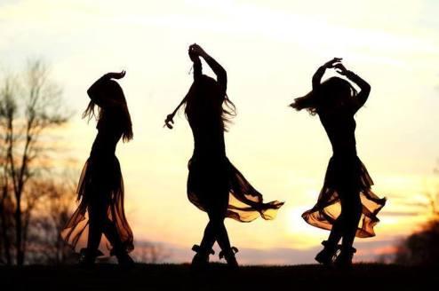 dancing-sisters